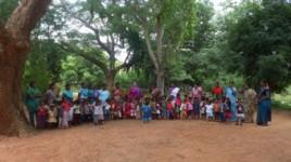 Le jardin d'enfants, implanté au cœur du village,  bénéficie d'un espace vert exceptionnel.